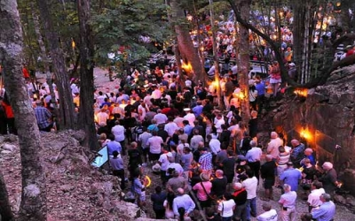 Dawn services hellfire pass