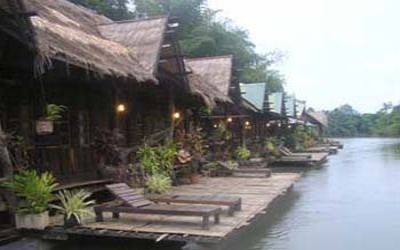 Jungle raft hote