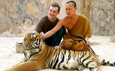 Posing with tiger