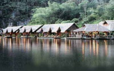 Jungle raft Hotels