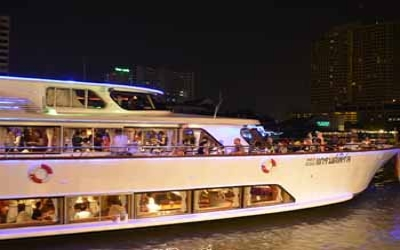 Luxury Dinner cruise 1.200 Baht